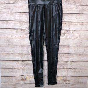 NWT Hue Faux Leather Leggings